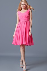 Gracious V-neck Empire Waist Knee Length Chiffon Dress With Pleats