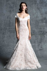 Trumpet Long Off-The-Shoulder Lace Wedding Dress With Appliques And Backless Design