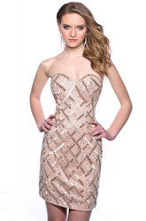 Form-Fitted Short Sequined Homecoming Dress With Sweetheart Neckline