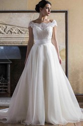 A-Line Bateau-Neck Cap-Sleeve Long Lace&Tulle Wedding Dress With Court Train