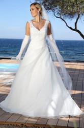 Maxi V-Neck Appliqued Tulle&Satin Wedding Dress With Side Draping And V Back