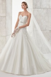 Sweetheart Pleating A-line Wedding Dress with Beaded Belt and Lace Bodice