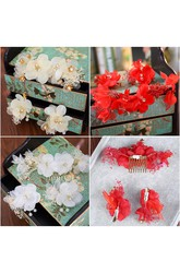 Manufacturers Wholesale Bride Toast Service Red Headdress Korean Style Jean Flower Simple Hairpin Side Clip