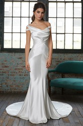 Sheath Off-The-Shoulder Satin Wedding Dress