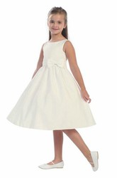 Knee-Length Tiered Bowed Sequins&Satin Flower Girl Dress With Sash