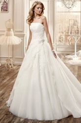 Strapless Long Wedding Dress With Pleated Skirt And Side Beaded Waist