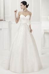 Sweetheart Appliqued Tulle Bridal Gown With Removable Lace Half Sleeves