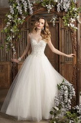 Ball Gown Sleeveless V-Neck Appliqued Tulle Wedding Dress With Brush Train