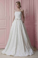 A-Line Strapless Bowed Sleeveless Maxi Satin Wedding Dress With Embroidery