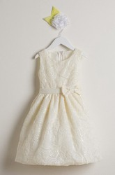 Embroideried Knee-Length Tiered Bowed Sequins&Satin Flower Girl Dress With Sash