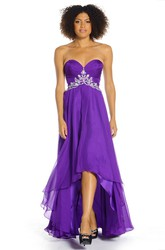 Ruched Sleeveless Sweetheart Chiffon Prom Dress With Beading