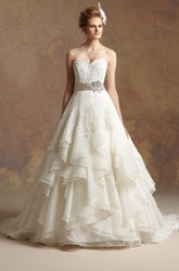 Sweetheart A-Line Ruffled Wedding Dress With Appliques And Bow