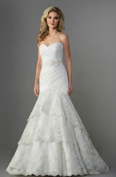 Stylish Sweetheart Mermaid Wedding Dress With Tiers And Lace Appliques