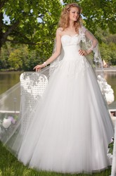Ball-Gown Sleeveless Caped Sweetheart Floor-Length Tulle Wedding Dress With Lace-Up Back And Appliques