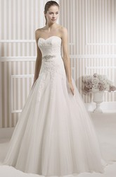 A-Line Jeweled Maxi Sweetheart Tulle Wedding Dress With Appliques And V Back