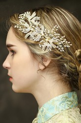 Western Style Bride Headdress Handmade Pearl Diamond Gold Headdress Accessories