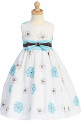 Tea-Length Bowed Embroideried Taffeta Flower Girl Dress