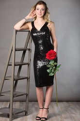 V Neck Sleeveless Sheath Allover Sequin Mother Of The Bride Dress Knee Length