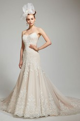 Mermaid Sweetheart Lace Wedding Dress With Backless Design