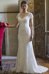 Sheath V-Neck Floor-Length Cap-Sleeve Lace Wedding Dress With Appliques And Keyhole
