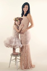 Mermaid Lace Strapless Sleeveless Pleated Maternity Dress