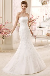 Classic Strapless Sheath Lace Gown With Appliques And Brush Train