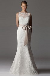 Sheath Long-Sleeveless Bateau-Neck Lace Wedding Dress With Bow And Keyhole
