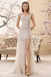 Sheath Appliqued Sleeveless Long V-Neck Lace Wedding Dress With Split Front