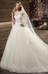 Sweetheart Court-train A-line Wedding Dress with Pleated Bust And Lace-up Back