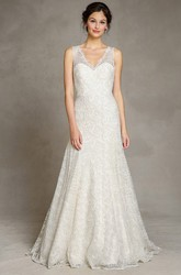 Appliqued Sleeveless Floor-Length V-Neck Lace Wedding Dress