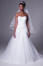 Trumpet Long Appliqued Strapless Tulle Wedding Dress With Ruching And Corset Back