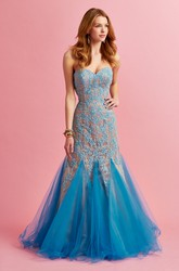 Trumpet Floor-Length Sweetheart Sleeveless Lace Tulle Dress With Appliques
