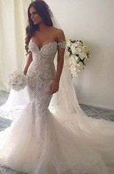 Mermaid Trumpet V-neck Lace Tulle Deep-V Back Wedding Dress