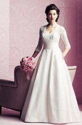 Elegant V-neck 3/4 Sleeved A-line Dress With Lace Bodice