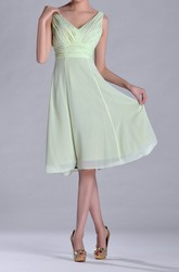Knee-length V-Neckline Empire Chiffon Bridesmaid Dress With Deep-V Back Style
