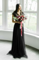 Black V-neck Sexy Tulle Wedding Dress With Lace And Cap Sleeve