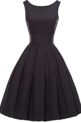 Sleeveless A-line Knee-length Dress With Pleats