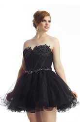 A-line Short Sweetheart Sleeveless Tulle Lace Appliques Beading Lace-up/Corset Back Dress