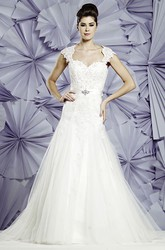 A-Line Queen-Anne Appliqued Long Tulle Wedding Dress With Waist Jewellery And Bow