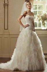Ball Gown Cascading-Ruffle Sweetheart Floor-Length Sleeveless Tulle Wedding Dress With Beading