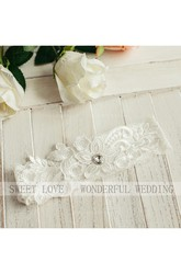 537a41230 ... Western Style Selling Simple Sweet Style Lace Elastic Bride Garter  Within 16-23inch ...