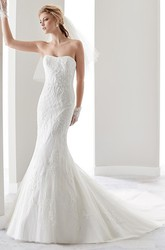 Strapless Sheath Lace Bridal Gown With Court Train And Half Back