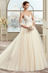 Sweetheart A-line Wedding Gown with Spaghetti Straps and Lace Bodice