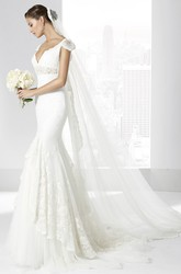Mermaid Cap-Sleeve Floor-Length Appliqued Lace Wedding Dress With Waist Jewellery