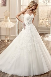 Sweetheart Ruching Long Wedding Dress With Appliques And Side Floral Waist