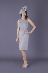 Chiffon and Lace Sleeveless Knee-length Split Back Mother of The Bride Dress