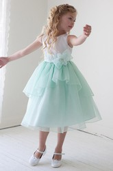 Floral Tea-Length Appliqued Bowed Lace&Organza Flower Girl Dress With Tiers