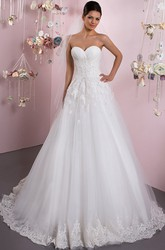A-Line Sweetheart Sleeveless Criss-Cross Tulle Wedding Dress