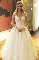 Ball Gown V-neck Lace Tulle Button Zipper Wedding Gown