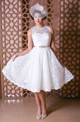 Scoop Knee-Length Jeweled Lace Wedding Dress With Bow And Illusion